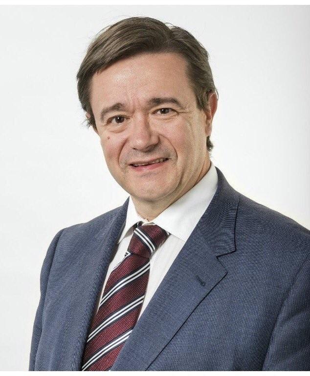 Dr_Andrés_Cervantes