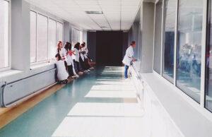 médicos-y-enfermeros